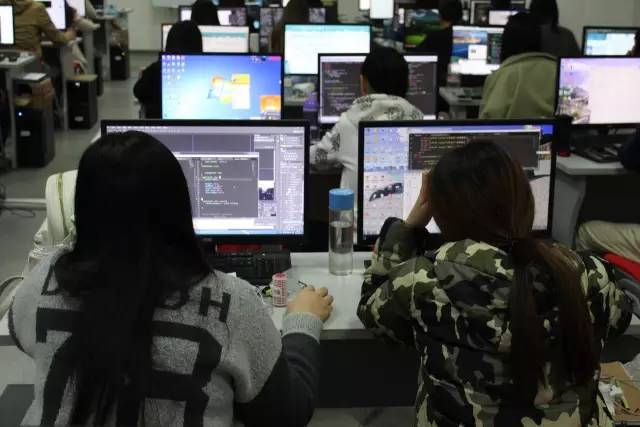UI设计班和HTML5专家班毕业学生感想