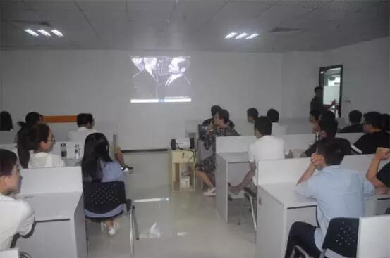 云和深圳中心 | 组织学员看电影的老师都是好老师!
