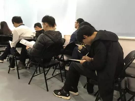 VR开班典礼:抓住机遇,砥砺前行 ——西安中心