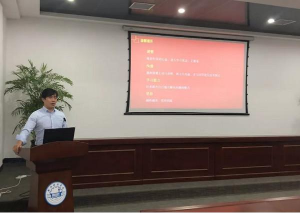 配图3 郑州科技学院与云和betway娱乐泛IT学院2019年第一届新卓班开班.jpg