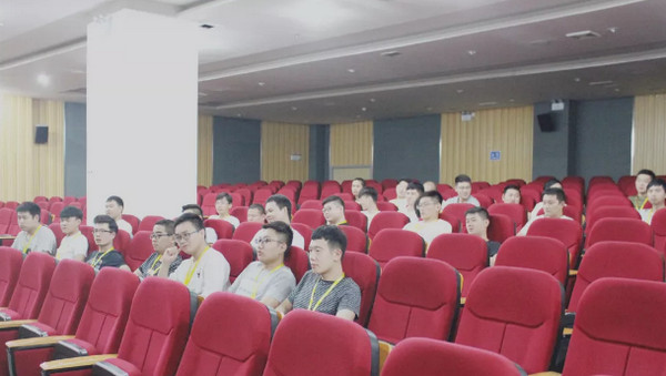 配图1 云和betway娱乐PHP培训班和Python培训班学员毕业.jpg
